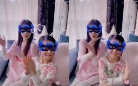 李小璐母女拍睡前视频很温馨 贾乃亮却与宠物狗相伴