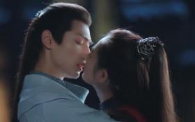 月上重火吻戏在第几集 结局有情人终成眷属了