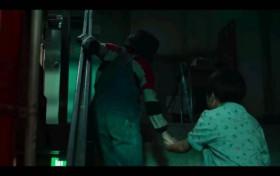 甜蜜家园第3集贤秀救下英秀姐弟 崔永宰逃脱控制